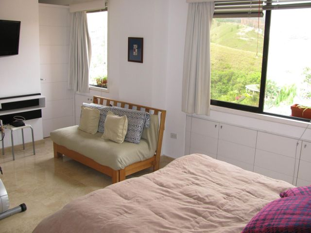 Apartamento Distrito Metropolitano>Caracas>Los Samanes - Venta:158.824.000.000 Precio Referencial - codigo: 15-9448
