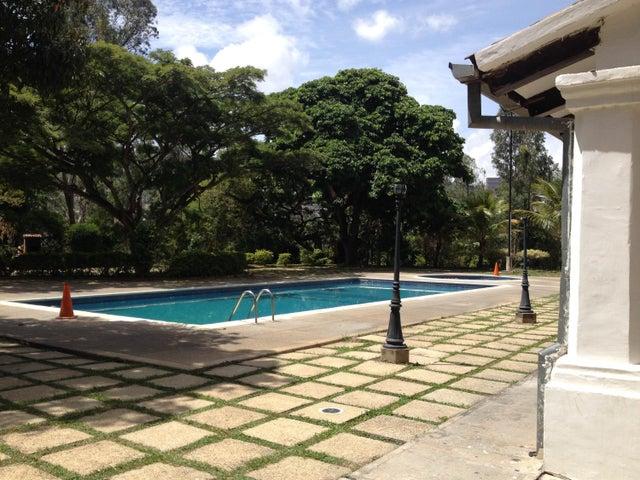 Apartamento Distrito Metropolitano>Caracas>Los Rosales - Venta:150.471.000.000 Precio Referencial - codigo: 15-9438