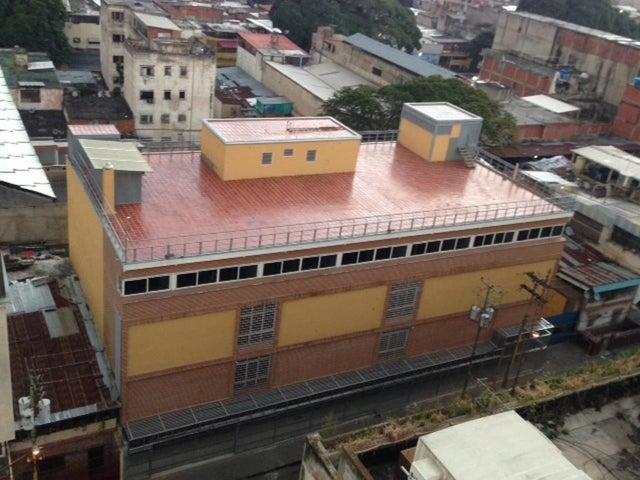 Local Comercial Distrito Metropolitano>Caracas>Cementerio - Venta:10.659.000.000 Bolivares - codigo: 15-9442