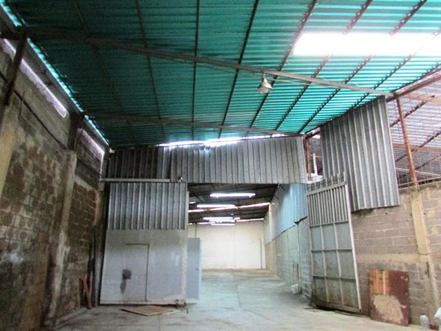 Galpon - Deposito Distrito Metropolitano>Caracas>Industrial Las Nayas - Venta:82.448.000.000 Precio Referencial - codigo: 15-9500