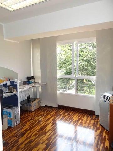 Apartamento Distrito Metropolitano>Caracas>La Alameda - Venta:175.000 US Dollar - codigo: 15-9615