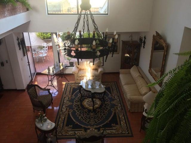 Casa Distrito Metropolitano>Caracas>Caurimare - Venta:229.022.000.000 Precio Referencial - codigo: 15-9645