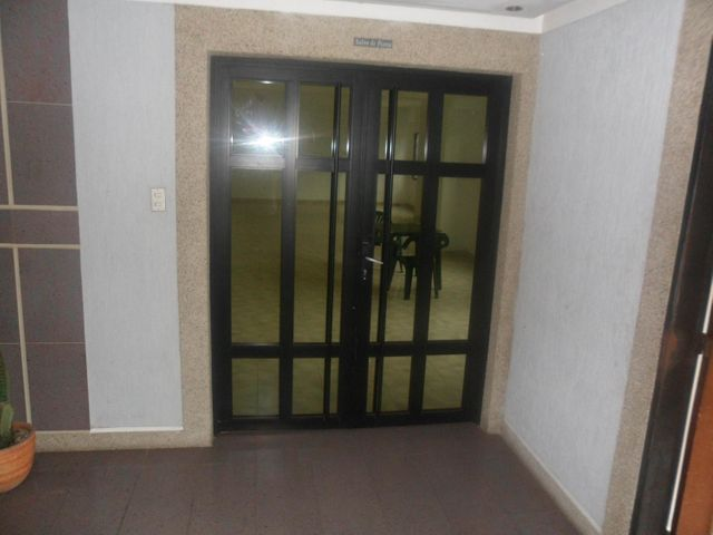 Apartamento Carabobo>Valencia>Agua Blanca - Venta:240.000.000 Bolivares Fuertes - codigo: 15-9644