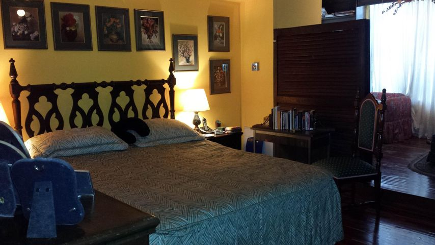 Apartamento Distrito Metropolitano>Caracas>Cumbres de Curumo - Venta:236.656.000.000 Precio Referencial - codigo: 15-9662