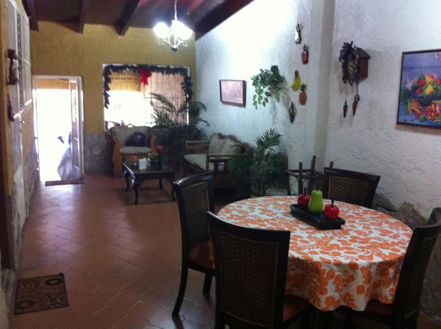 Casa Distrito Metropolitano>Caracas>Los Naranjos del Cafetal - Venta:51.701.000.000 Bolivares - codigo: 15-9677