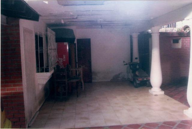 Casa Distrito Metropolitano>Caracas>Macaracuay - Venta:238.183.000.000 Precio Referencial - codigo: 15-9693