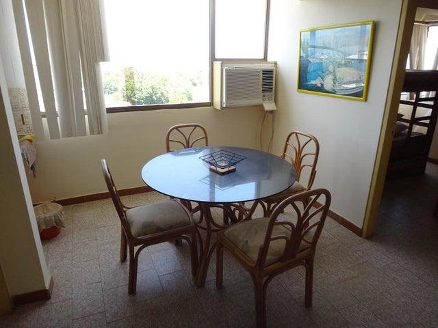 Apartamento Miranda>Higuerote>Carenero - Venta:9.620.000.000 Precio Referencial - codigo: 15-9770