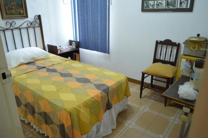 Apartamento Carabobo>Valencia>Piedra Pintada - Venta:520.000.000 Bolivares Fuertes - codigo: 15-9718