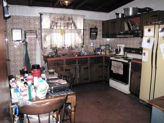 Casa Distrito Metropolitano>Caracas>Alto Prado - Venta:180.000 Precio Referencial - codigo: 15-9819