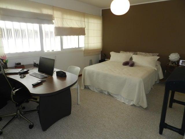 Apartamento Distrito Metropolitano>Caracas>Charallavito - Venta:393.918.000.000 Precio Referencial - codigo: 15-9845