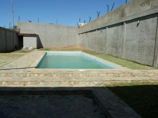 Casa Nueva Esparta>Margarita>Sector San Lorenzo - Venta:200.000 Precio Referencial - codigo: 15-10491