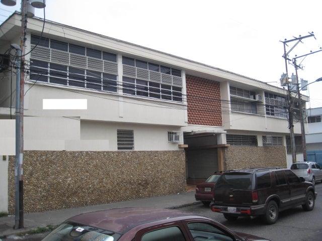 Edificio Portuguesa>Acarigua>Centro - Venta:362.108.000.000 Bolivares - codigo: 15-10021