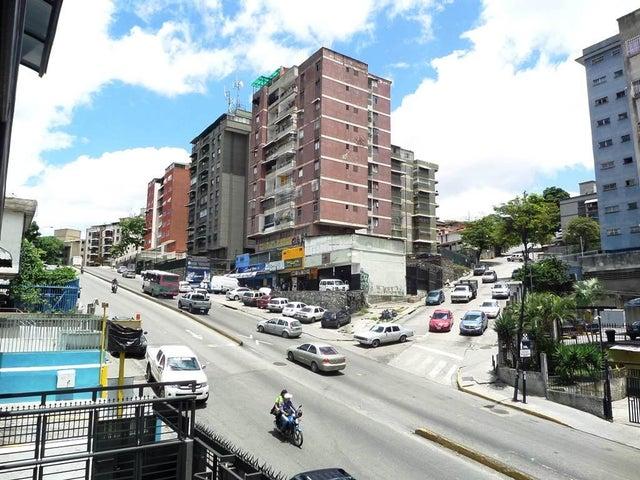 Negocios y Empresas Distrito Metropolitano>Caracas>El Llanito - Venta:13.172.313.000.000 Bolivares - codigo: 15-10098