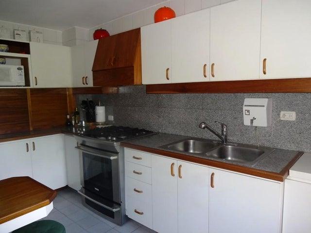 Apartamento Distrito Metropolitano>Caracas>Los Samanes - Venta:952.000.000 Bolivares Fuertes - codigo: 15-10128