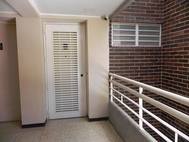 Apartamento Distrito Metropolitano>Caracas>Lomas del Sol - Venta:214.319.000.000 Precio Referencial - codigo: 15-10156