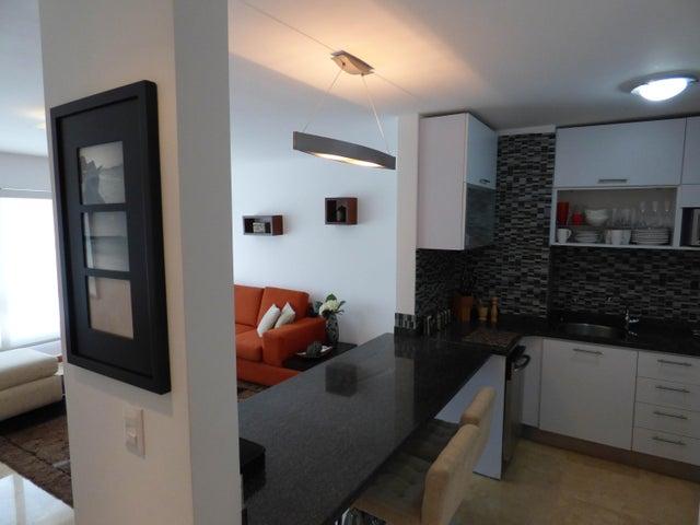 Apartamento Distrito Metropolitano>Caracas>Los Naranjos de Las Mercedes - Venta:41.640.000.000 Bolivares Fuertes - codigo: 15-10180