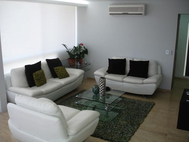Apartamento Distrito Metropolitano>Caracas>Lomas del Sol - Venta:230.000 Precio Referencial - codigo: 15-10183