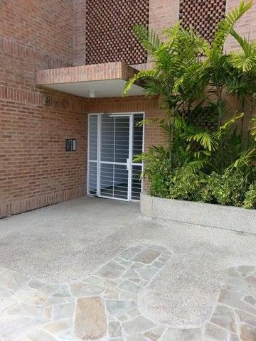 Apartamento Distrito Metropolitano>Caracas>La Boyera - Venta:37.342.000.000 Bolivares Fuertes - codigo: 15-10207