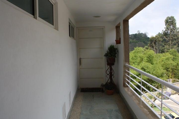 Apartamento Distrito Metropolitano>Caracas>La Boyera - Venta:33.543.000.000 Bolivares Fuertes - codigo: 15-10382