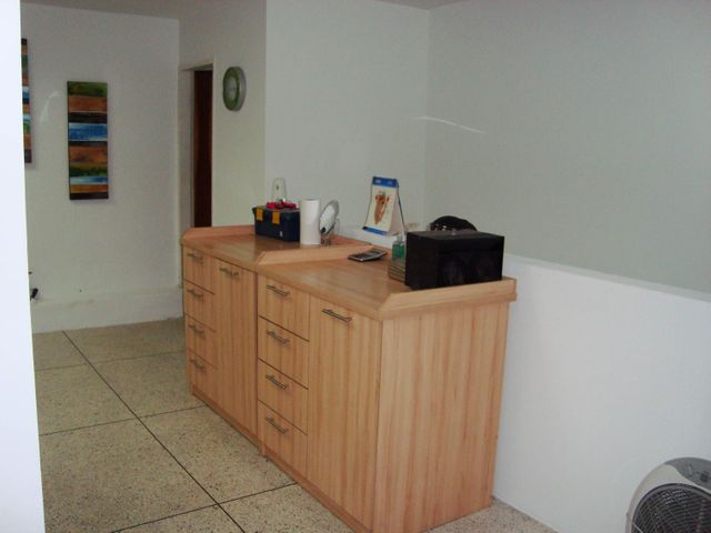 Negocios y Empresas Carabobo>Guacara>Carret Guacara - San Joaquin - Venta:25.956.243.000.000 Bolivares - codigo: 15-10570