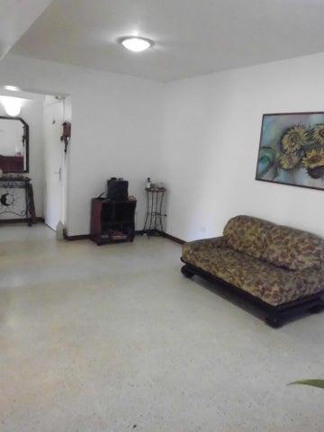 Apartamento Distrito Metropolitano>Caracas>Prado Humboldt - Venta:107.159.000.000 Precio Referencial - codigo: 15-10539