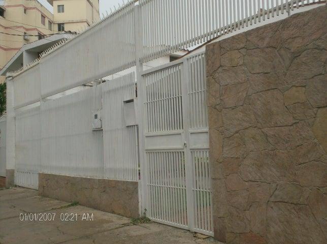 Casa Lara>Barquisimeto>Del Este - Venta:23.094.000.000 Bolivares - codigo: 15-10474