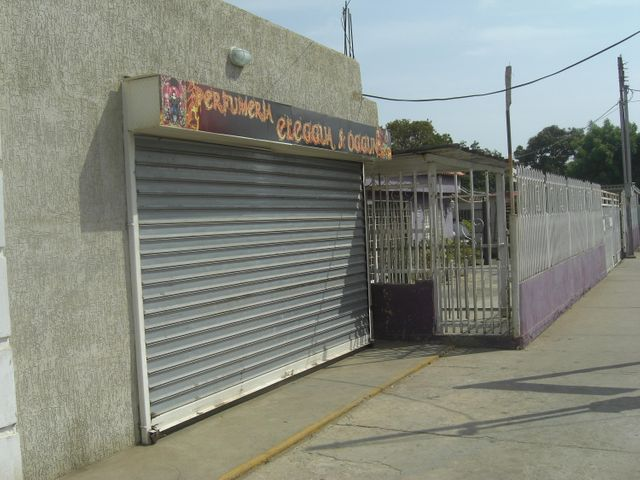 Local Comercial Zulia>Cabimas>5bocas - Venta:12.605.000.000 Precio Referencial - codigo: 15-10666
