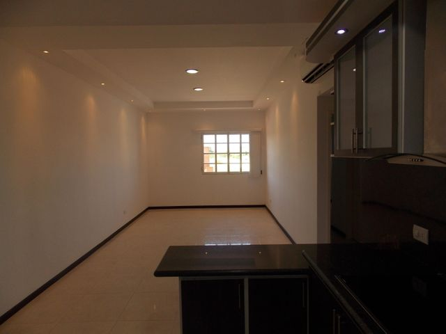 Apartamento Miranda>Higuerote>Higuerote - Venta:50.000 US Dollar - codigo: 15-10977