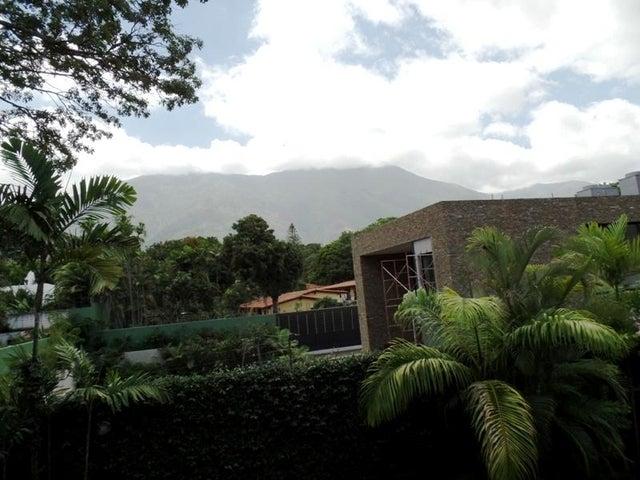 Casa Distrito Metropolitano>Caracas>Country Club - Venta:5.040.000.000 Bolivares - codigo: 15-13203