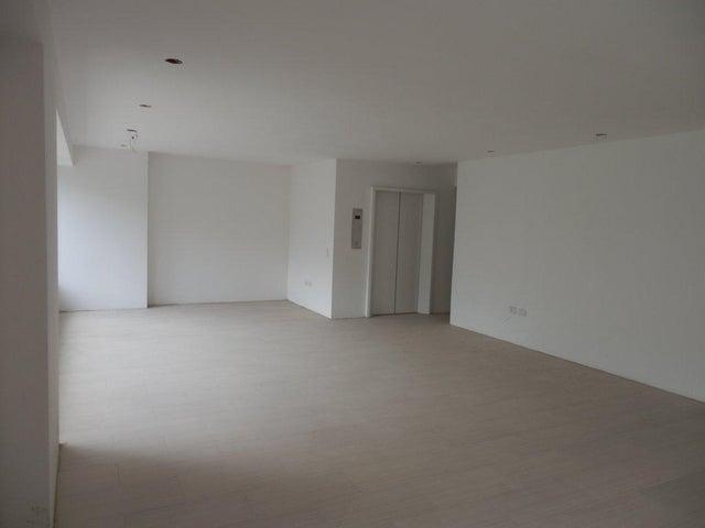 Apartamento Distrito Metropolitano>Caracas>Los Dos Caminos - Venta:137.413.000.000 Precio Referencial - codigo: 15-10881