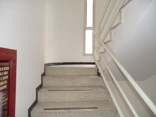 Apartamento Distrito Metropolitano>Caracas>Los Caobos - Venta:32.900.000.000 Bolivares Fuertes - codigo: 15-10827