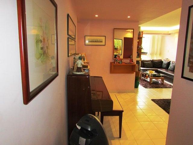 Apartamento Distrito Metropolitano>Caracas>Terrazas del Avila - Venta:336.000.000 Bolivares Fuertes - codigo: 15-10935
