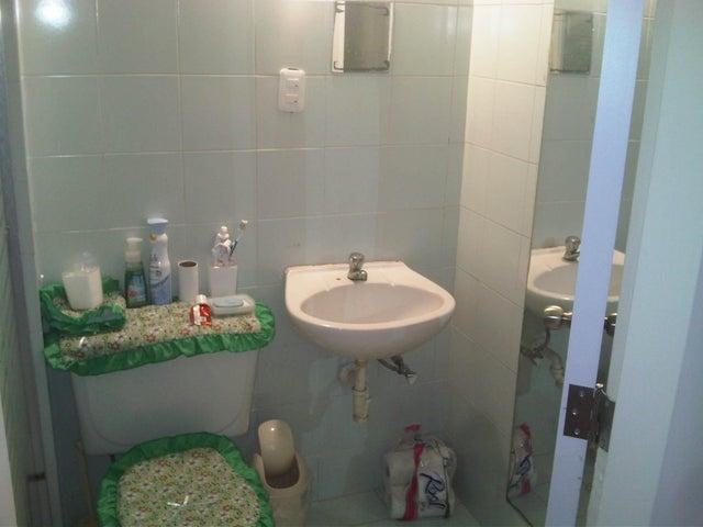 Apartamento Miranda>Guatire>El Castillejo - Venta:22.000 Precio Referencial - codigo: 15-10949