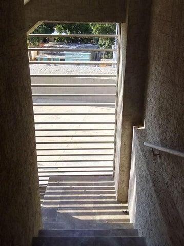 Apartamento Zulia>Maracaibo>Belloso - Venta:26.900.000 Bolivares Fuertes - codigo: 15-10953