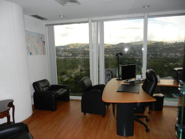 Oficina Distrito Metropolitano>Caracas>Los Palos Grandes - Alquiler:8.000 Precio Referencial - codigo: 15-11018