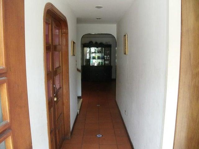 Casa Distrito Metropolitano>Caracas>Montalban I - Venta:100.000 Precio Referencial - codigo: 15-11044