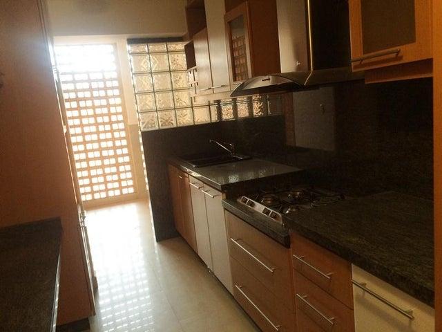 Apartamento Distrito Metropolitano>Caracas>Prado Humboldt - Venta:121.319.000.000 Precio Referencial - codigo: 15-11070