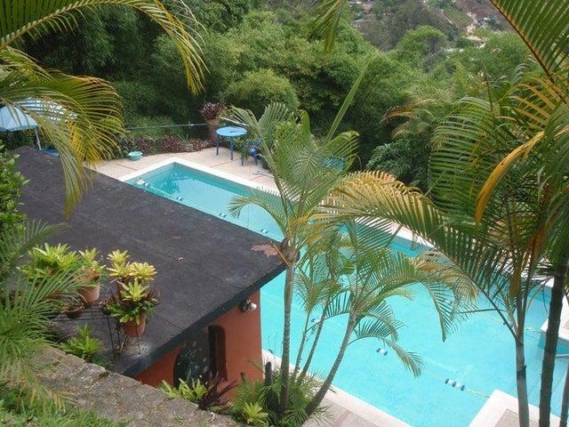 Casa Distrito Metropolitano>Caracas>Oripoto - Venta:115.114.000.000 Bolivares - codigo: 15-9064