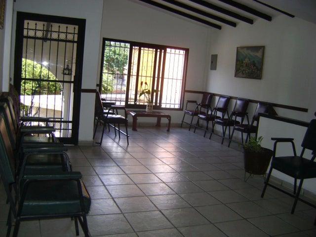 Negocios y Empresas Carabobo>Municipio Diego Ibarra>Mariara - Venta:6.354.862.500.000.000.000 Bolivares - codigo: 15-11121