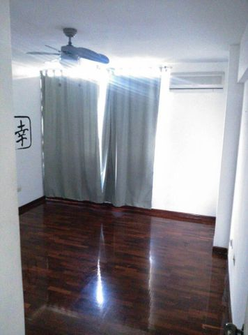Apartamento Distrito Metropolitano>Caracas>Santa Rosa de Lima - Venta:162.049.000.000 Precio Referencial - codigo: 15-7998