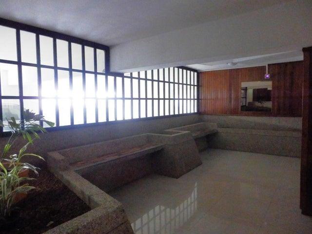 Apartamento Distrito Metropolitano>Caracas>Guaicay - Venta:23.763.000.000 Bolivares Fuertes - codigo: 15-11149