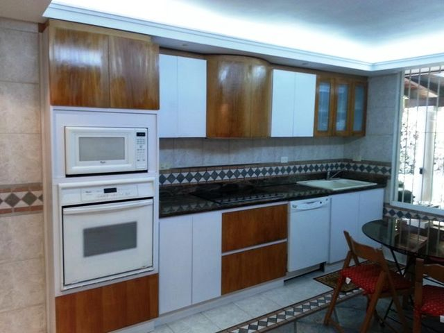 Casa Distrito Metropolitano>Caracas>Miranda - Venta:83.467.000.000 Bolivares - codigo: 15-11362