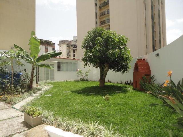 Apartamento Distrito Metropolitano>Caracas>Terrazas del Club Hipico - Venta:32.387.000.000 Bolivares Fuertes - codigo: 15-11264