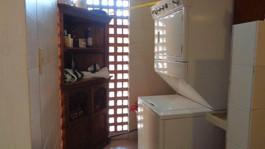 Apartamento Distrito Metropolitano>Caracas>Prado Humboldt - Venta:105.336.000.000 Precio Referencial - codigo: 15-11299