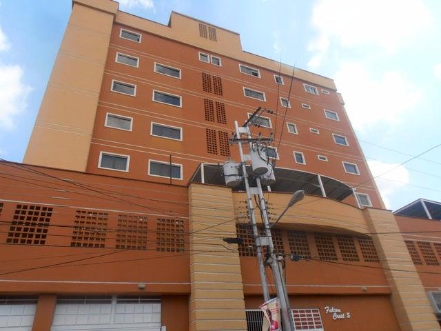 Apartamento Aragua>Maracay>El Bosque - Venta:115.000.000 Bolivares Fuertes - codigo: 15-11363