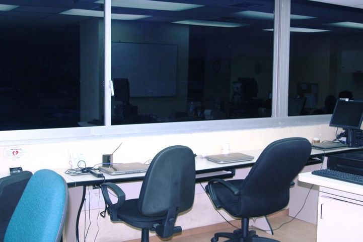 Oficina Distrito Metropolitano>Caracas>Los Cortijos de Lourdes - Venta:44.118.000.000 Precio Referencial - codigo: 15-11405