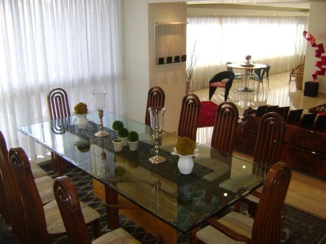 Apartamento Distrito Metropolitano>Caracas>Sebucan - Venta:334.035.000.000 Precio Referencial - codigo: 15-11417