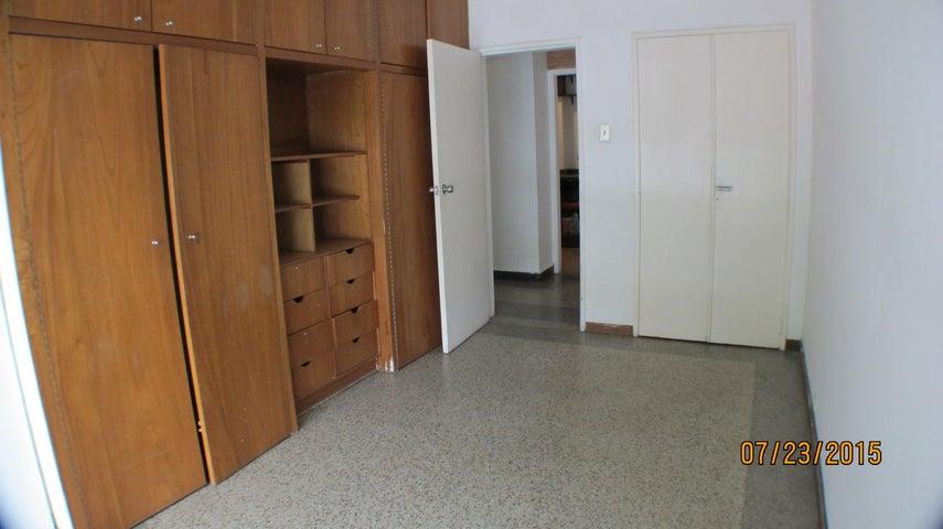Apartamento Distrito Metropolitano>Caracas>Colinas de Bello Monte - Venta:11.538.000.000 Bolivares Fuertes - codigo: 15-11424