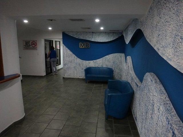 Local Comercial Vargas>Parroquia Maiquetia>Pariata - Venta:50.921.000.000 Bolivares - codigo: 15-11953