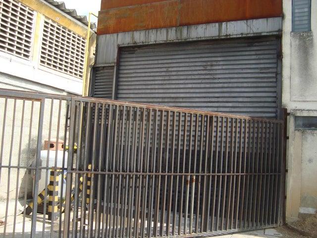 Negocios y Empresas Carabobo>Valencia>Zona Industrial - Venta:1.563.130.667.000.000 Bolivares - codigo: 15-11525